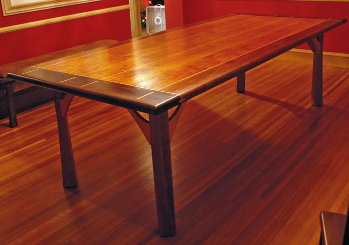 Julie table for Table table table
